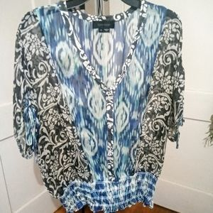 KAREN KANE 100% Silk Floral & Abstract Batwing top